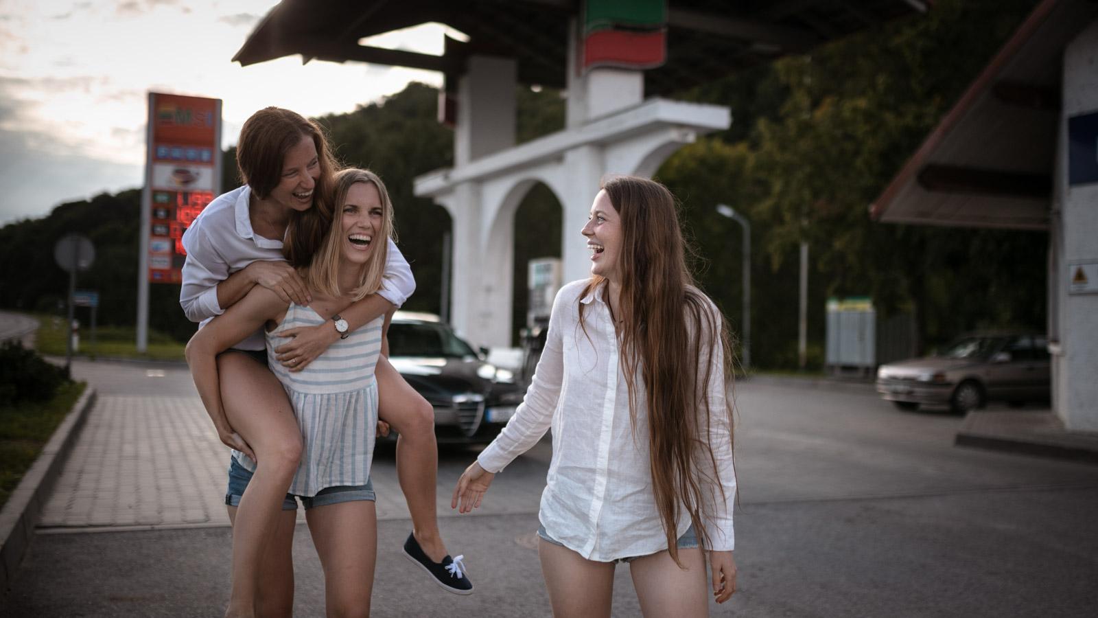 asmeninė fotosesija trys sesės